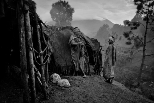 Rautes: The last nomads of Nepal